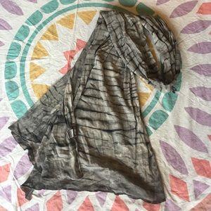 XCVI tie Dye Scarf NEW gray//Black